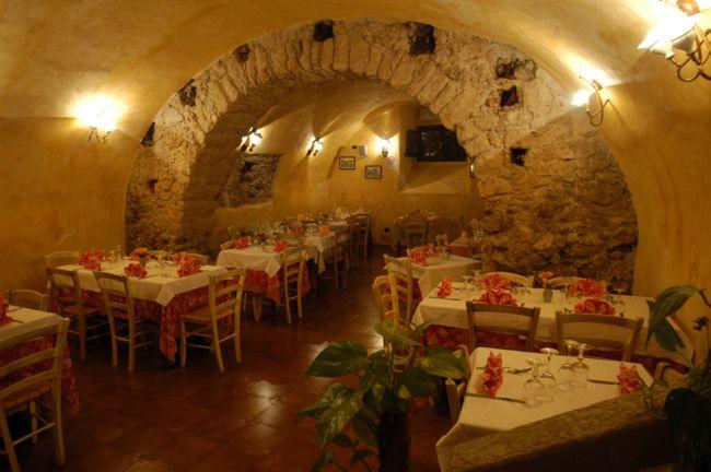 Ristorante a tropea in calabria ristorante antico borgo - Ristorante borgo antico cucine da incubo ...
